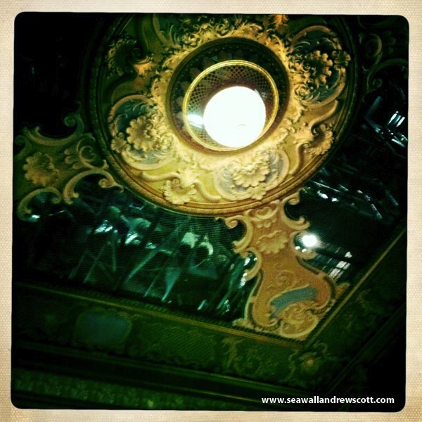 lyric-theatre-ceiling